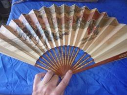 BEL  EVENTAIL ANCIEN TAUROMACHIE CORRIDA ESPAGNE PAILETTES - Fans