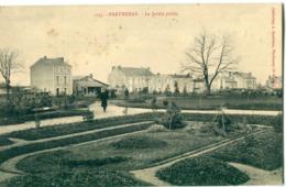79 - Parthenay : Le Jardin Public - Parthenay