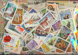 Vietnam Briefmarken-1.300 Verschiedene Marken - Vietnam