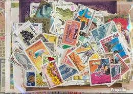 Tschad Briefmarken-600 Verschiedene Marken - Tsjaad (1960-...)