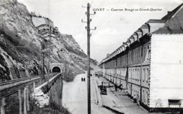 CPA -   GIVET  (08)  Casernes Rougé Ou Grand - Quartier - Givet
