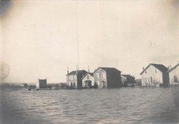 PIE.GRAND-FORMAT-19-GM-495 :  INONDATIONS 1910. NANTERRE. PAVILLONS DE LA RUE DE MONTESSON. - Lieux