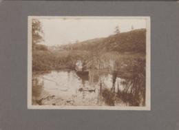 Photographie - Femmes Dans Une Barque Sur Un étang - Château Propriété à Situer - Photographie Fin XIXème Siècle - Fotografía