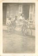 PHOTO ORGINALE  TANDEM FEMME ET ENFANTS - Ciclismo