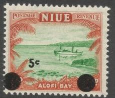Niue. 1967 Decimal O/P. 5c MNH. SG 130 - Niue