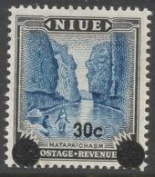 Niue. 1967 Decimal O/P. 30c MNH. SG 134 - Niue