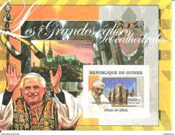 GUINEA - 2007 Grandi Cattedrali BENEDETTO XVI, Duomo Di Milano E Notre-Dame Di Chartres Nuovo** MNH Papa Pope Papst Pape - Päpste