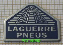 EQUIPEMENT AUTO LAGUERRE PNEUS   PNEU PNEUMATIQUE - Pin's