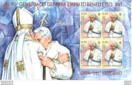 VATICANO - 2017 90° Genetliaco Papa Emerito BENEDETTO XVI (di Spalle Papa FRANCESCO) Nuovo** Papa Pope Papst Pape - Papi