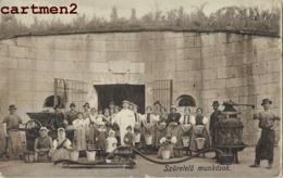 SZURETELO MUNKASOK HONGRIE - Hongrie