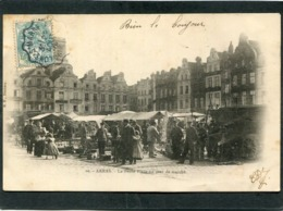 CPA - ARRAS - La Petite Place Un Jour De Marché, Très Animé  (dos Non Divisé) - Arras