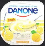 "Opercule Cover Yaourt Yogurt "" Danone "" Brassé Citron Lemon Yoghurt Yoghourt Yahourt Yogourt - Opercules De Lait"
