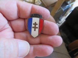 à Voir Decoration-medaille ,militaria , Militaire - France