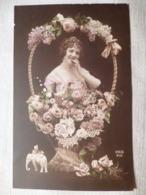 Cpa Fantaisie Elephant Femme Corbeille De Fleur Lilas Postcard Lilac Woman Carte Postale Ancienne - Éléphants
