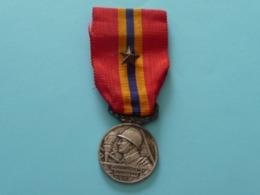 Médaille D'Honneur Des Sapeurs -Pompiers Du Pas De Calais 1930 - France