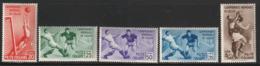 ITALIE - N°339/43 ** (1934) 2e Coupe Du Monde De Football - 1900-44 Victor Emmanuel III.