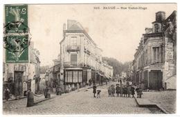 BAUGE (49) - Rue Victor-Hugo - Sans éditeur - Autres Communes