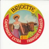 Etiquette De Fromage Camembert - Bricette - Ariège. - Fromage