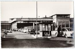 Autos Voitures Automobiles Cars - BOULOGNE Sur MER Gare Maritime - Douane ? - Austin - Voiture à Identifier - Voitures De Tourisme