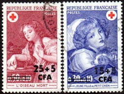 Réunion Obl. N° 404 Et 405 Croix Rouge 71 - Oeuvres De Greuze - Jeune Fille Au Petit Chien & L'Oiseau Mort - Isola Di Rèunion (1852-1975)