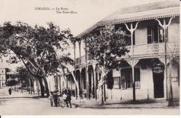 281536Ismailia, La Poste ( Défaut Gauche, Voir Verso) - Ismailia