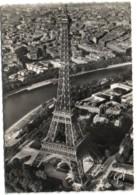 An Avion Sur Paris - La Tour Eiffel - Eiffelturm