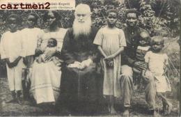 MISSION DES P.P. DU SAINT-ESPRIT MISSIONNAIRE AU MILIEU D'UNE FAMILLE CHRETIENNE SCENE AFRIQUE - Missions
