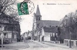 80 - Montdidier ( Somme ) La Rue Parmentier ( Buvette Du Square , Cafe ) - Montdidier