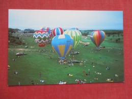 Balloons   Start Annual Ballon Race At New Seabury  Cape Cod  Ma. Ref 3631 - Balloons