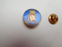 Superbe Pin's En EGF , Blason De La Ville De Draguignan , Var - Villes