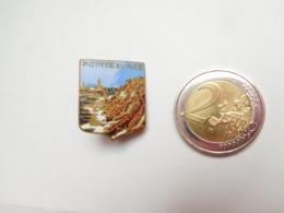 Belle Broche En émail  ( No Pin's ) , Blason Pointe Du Raz , Finistére - Villes