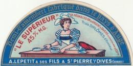 Rare étiquette De Fromage  Demi Camembert Le Supérieur - Fromage