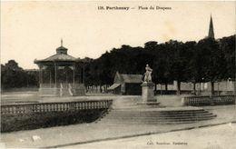 CPA PARTHENAY - Place Du Drapeau (297423) - Parthenay