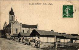 CPA La Breche - Halles Et Église (297477) - Autres Communes