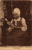 CPA Types Et Costumesdu Poitou - Vieile Femme De La Stonge (297499) - Autres Communes