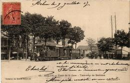 CPA MELUN Place De La Gare. Tramway De BARBIZON (509787) - Melun