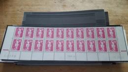 LOT 471766 TIMBRE DE FRANCE NEUF** LUXE COIN DATE FACIALE 12,2 EUROS BLOC - France
