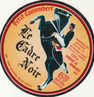 Rare étiquette De Fromage Petit Camembert Le Cadre Noir - Fromage
