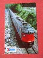 Amtrak's Modern Train  Ref 3632 - Trains