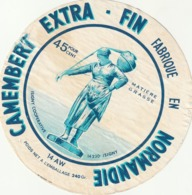 Rare étiquette De Fromage  Camembert  Extra Fin Isigny Coopérative - Fromage