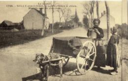 SULLY-sur-LOIRE - Les Voitures à Chien. Marchande De Charbon  - Ré-édition Cecodi (3) - Sully Sur Loire