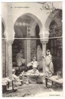 MAROC - Un Ouvroir Indigène - MÉTIER - ARTISANAT - JEUNES FILLES AU TRAVAIL - Ed. Collection Régence - Non Classés
