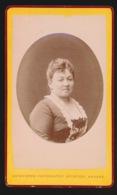 CDV FOTO +- 1870  10.5 X 6.5 CM - FOTOGRAAF  - PHOTOGRAPHIE ARTISTIQUE  ANTWERPEN    - 2 SCANS - Old (before 1900)