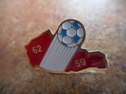 A042 -- Pin's Foot 62 59 - Football