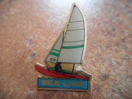 A043 -- Pin's Sea Line - Boten