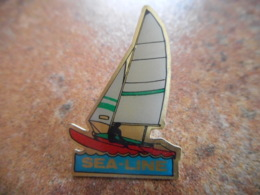 A043 -- Pin's Sea Line - Barcos