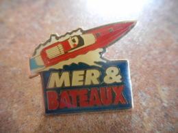 A043 -- Pin's Mer Et Bateaux - Bateaux