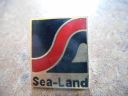 A043 -- Pin's Sea Land - Barcos