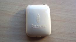 FUMO E TABACCO CUSTODIA PER ACCENDINO RONSON VINTAGE DA COLLEZIONE - Lighters