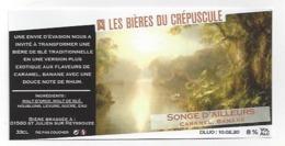 Etiquette De Bière  Caramel Banane  Du Crépuscule  -  Songe D'Ailleurs  - Saint Julien Sur Reyssouze  (01) - Bière